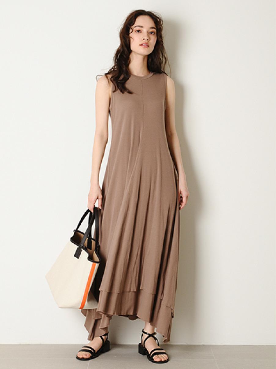 素色雙層裙襬洋裝