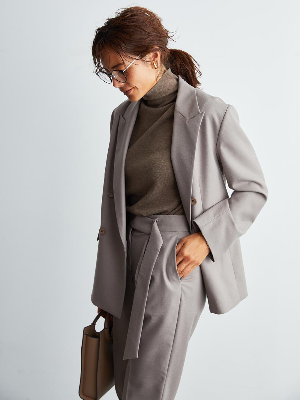 中褶線雙排釦西裝外套
