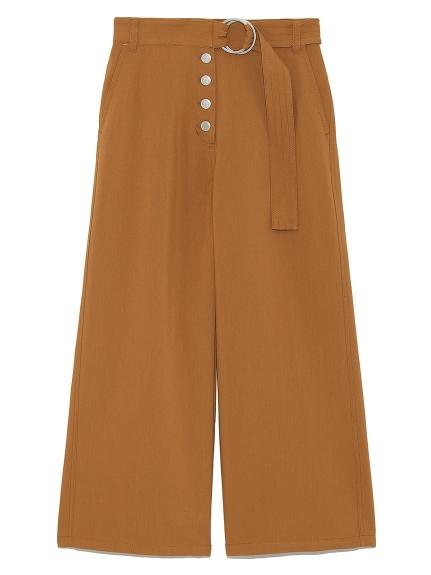 附腰帶鈕釦造型寬褲