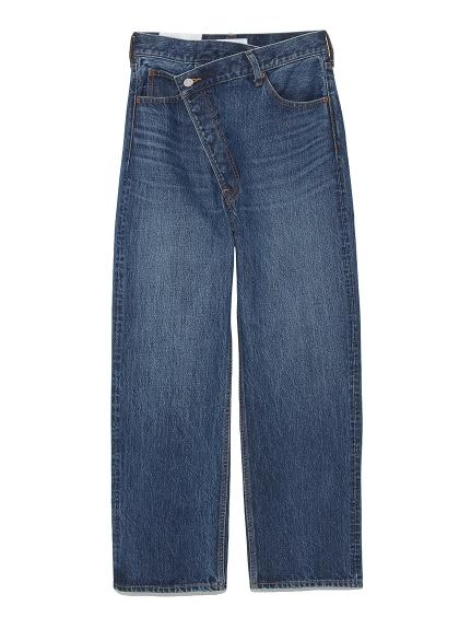 正面設計感直筒牛仔褲