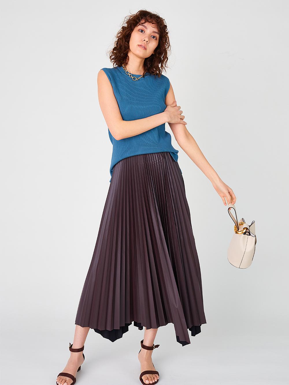 皮革不規則下襬百褶裙