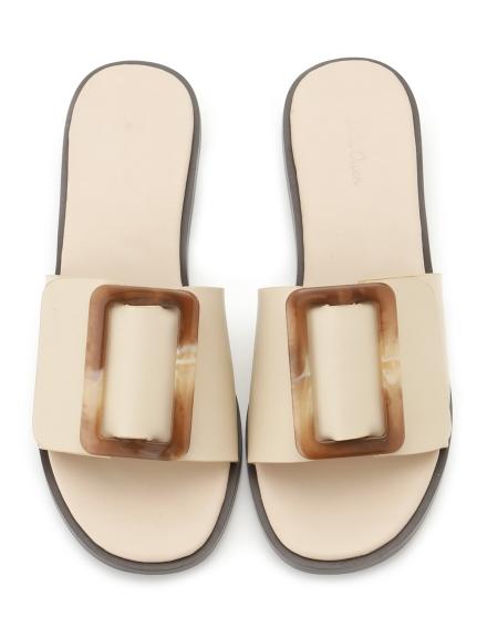扣環造型平底涼鞋