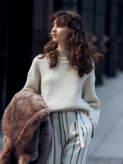 立領羊毛針織衫
