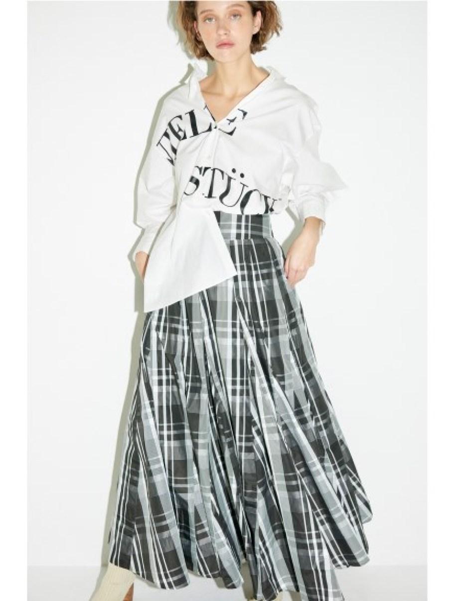 山茶花文字logo襯衫