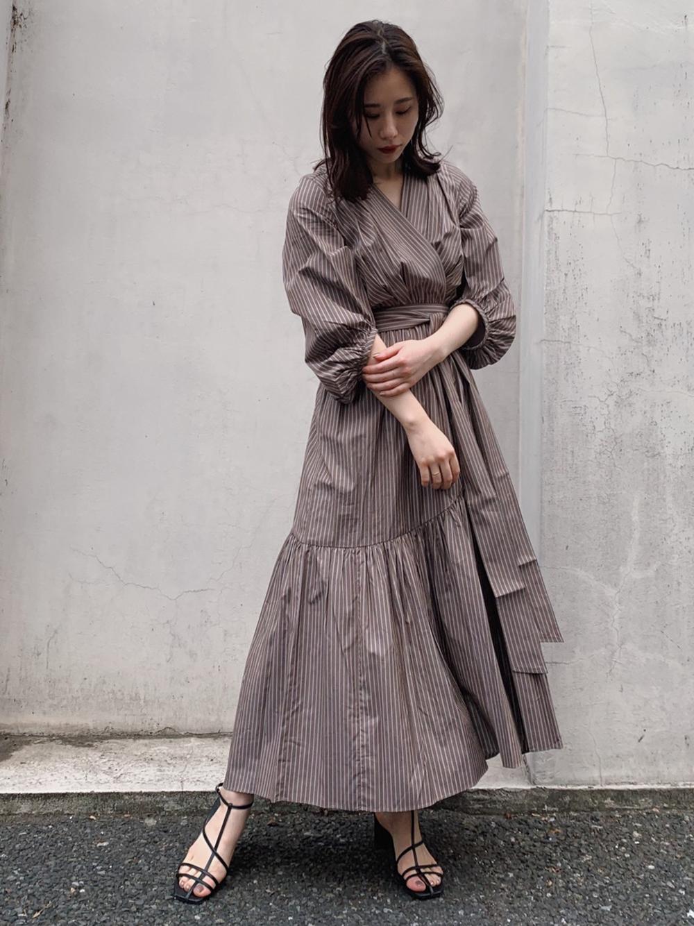 交叉V領棉質洋裝