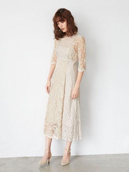 透膚細緻蕾絲連身裙