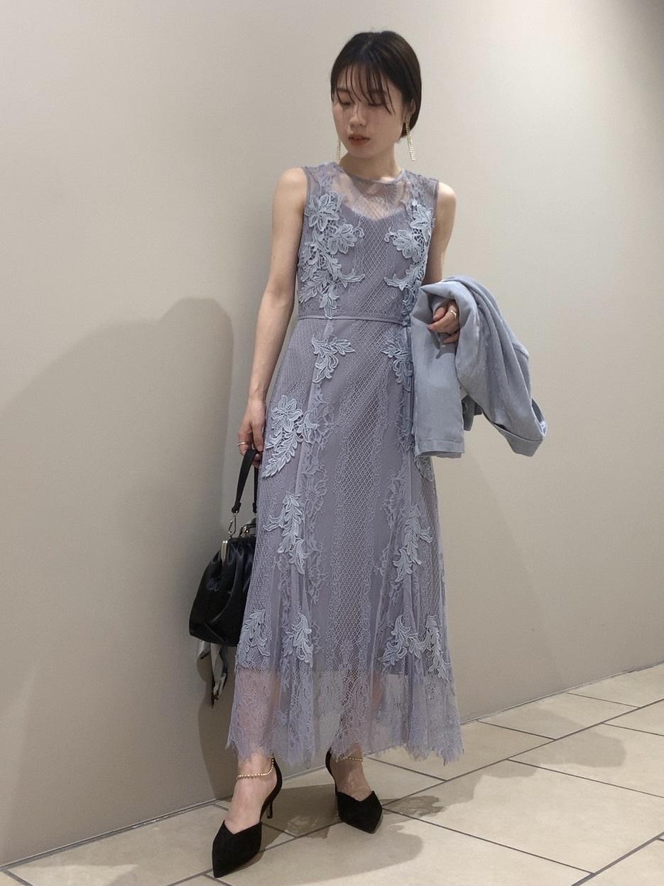 蕾絲繫帶花紋禮服洋裝