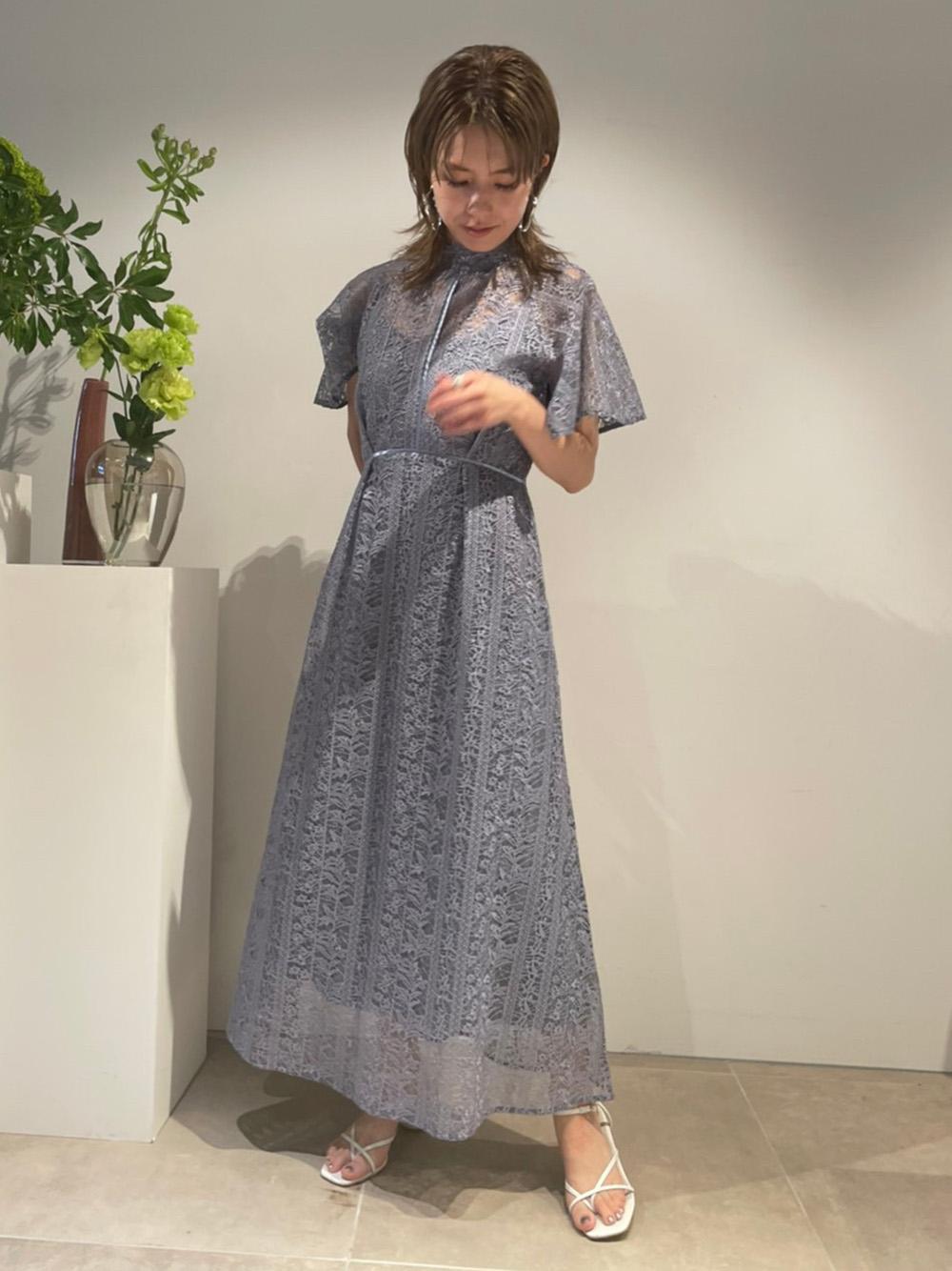 浮雕刺繡透膚連身裙