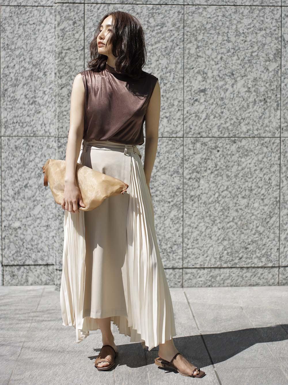 異材質拼接百褶裙