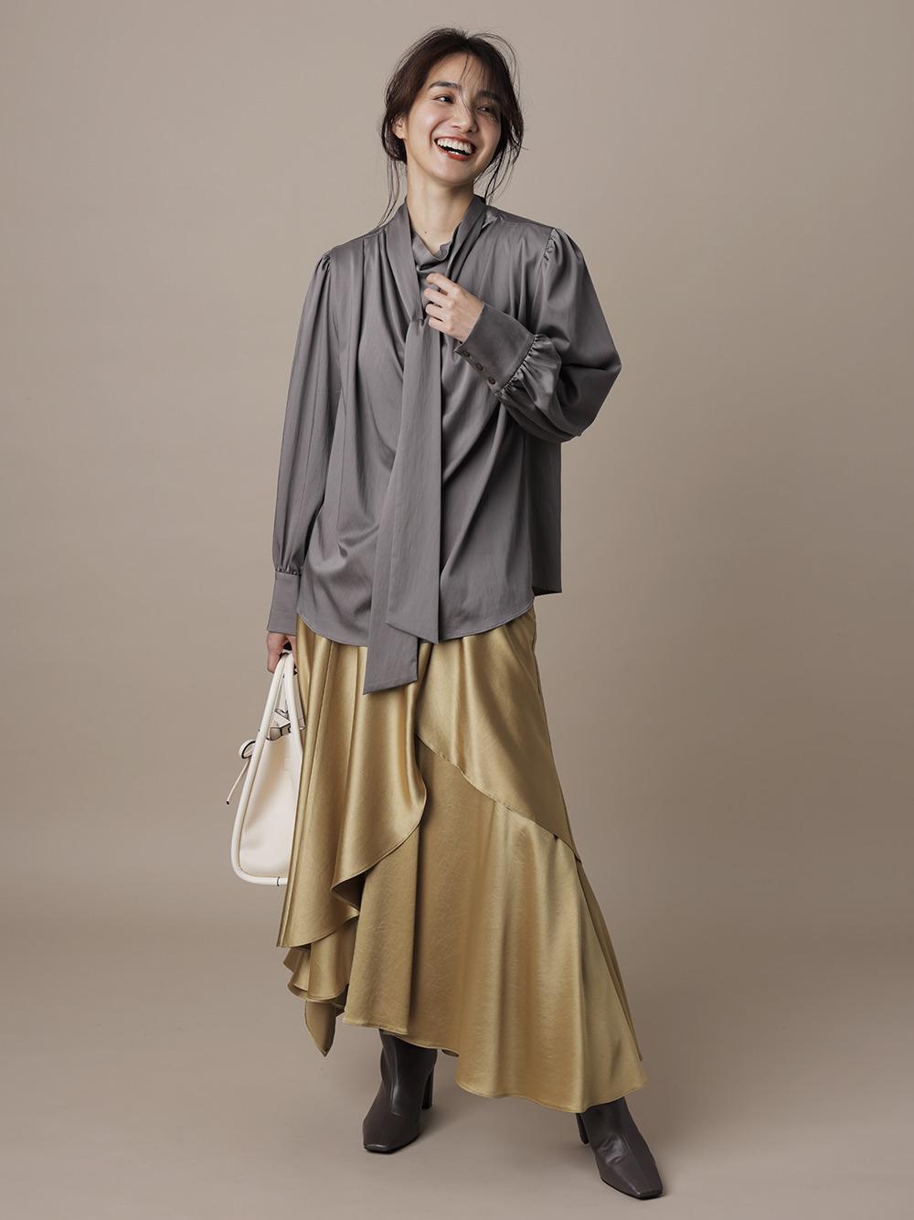 緞面荷葉傘襬長裙