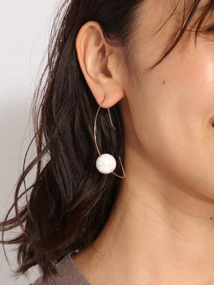 珍珠圓弧耳環