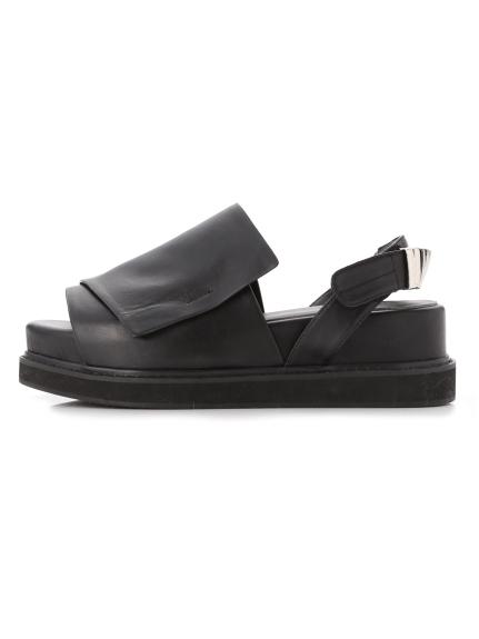 率性平底涼鞋