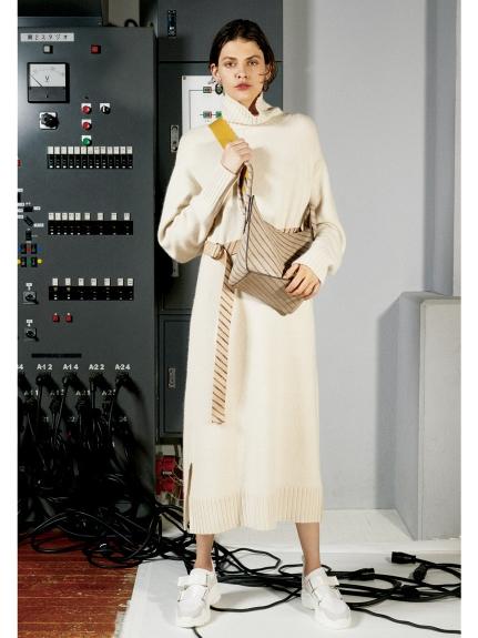 高領針織長板洋裝
