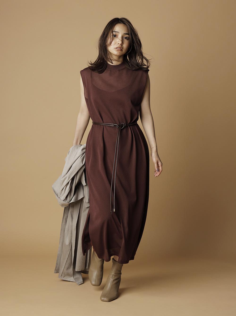 腰帶裝飾針織連身裙
