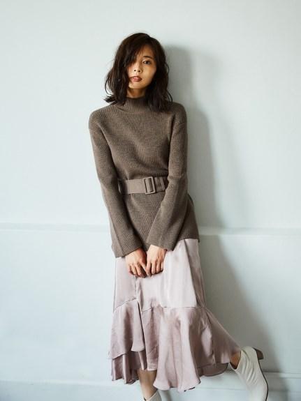 不對稱裙襬套裝連身裙