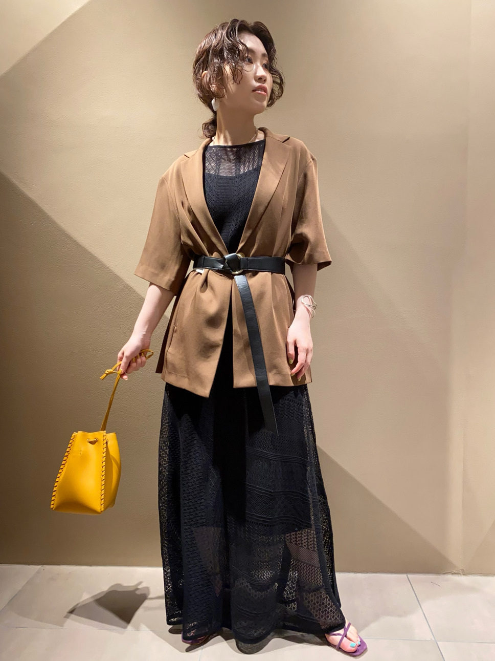 蕾絲織紋針織連身裙