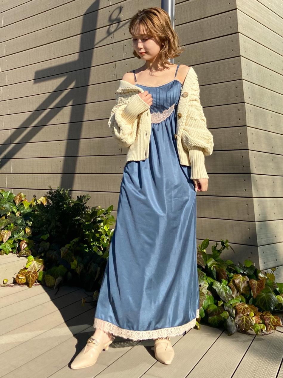古典緞面細肩帶連身裙