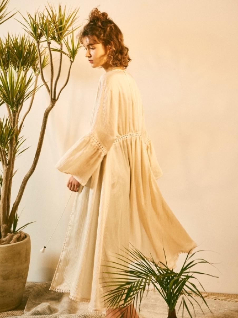 透明感長版綁帶罩衫