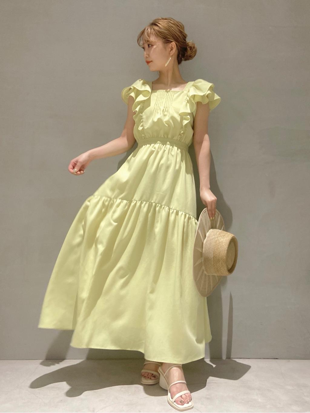 荷葉邊袖連身裙