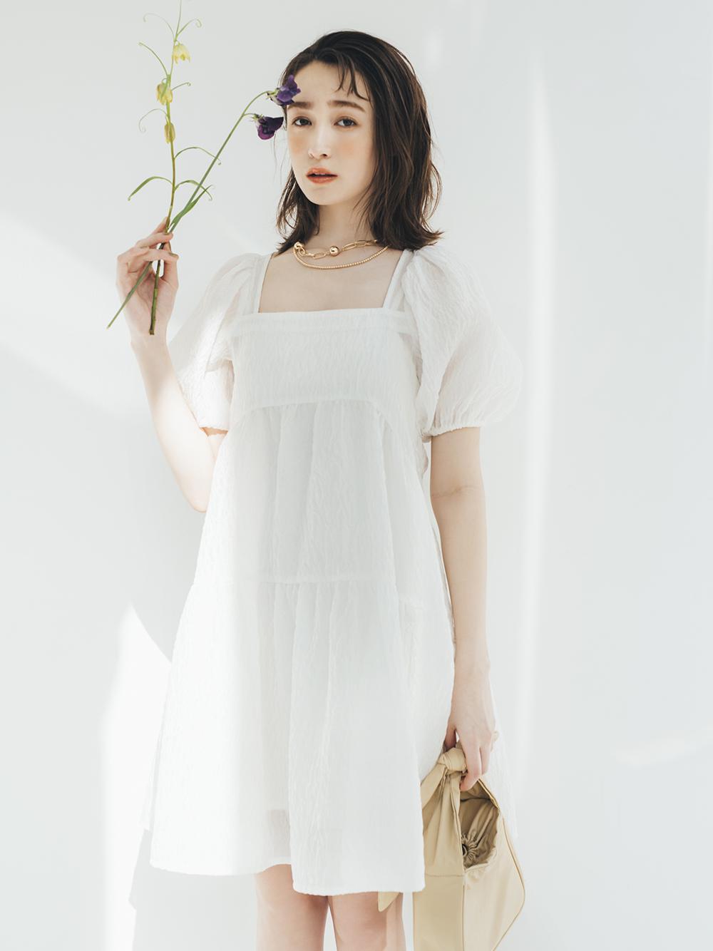 透膚澎袖短版連身裙