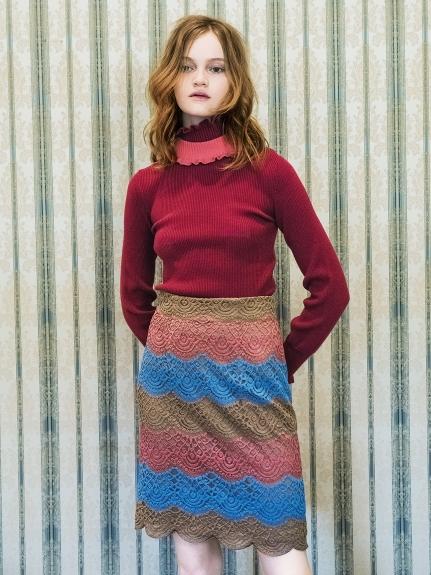 多彩蕾絲窄裙