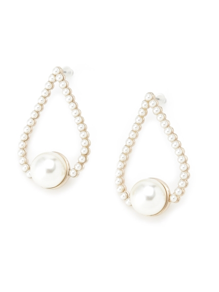 珍珠造型耳環
