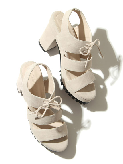 綁帶造型涼鞋