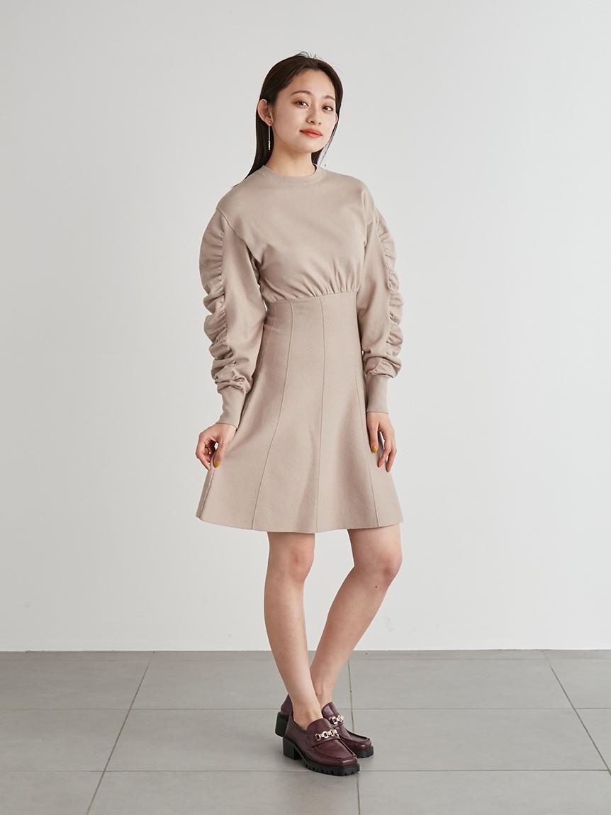 造型褶袖針織連身裙