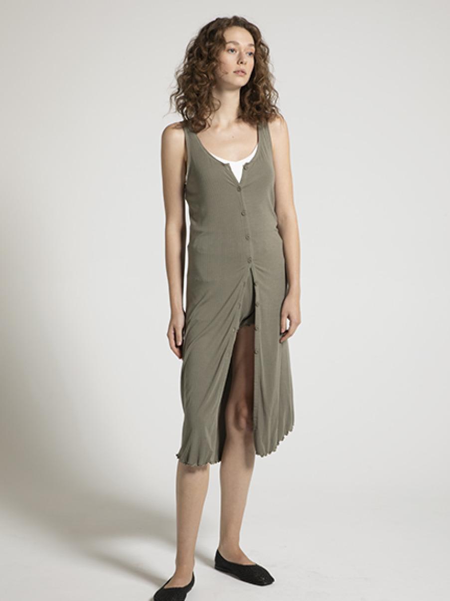 輕量莫代爾羅紋連身裙