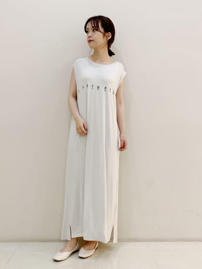 涼感嫘縈 運動風LOGO洋裝