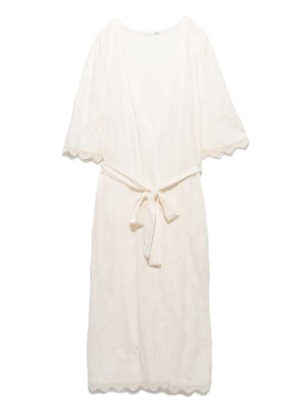 蕾絲滾邊雕花睡袍