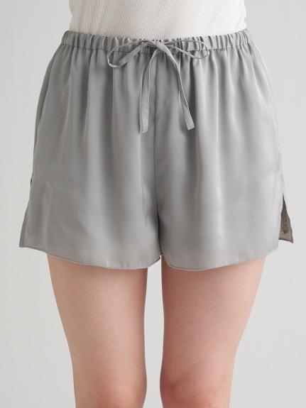 緞澤蕾絲細節短褲