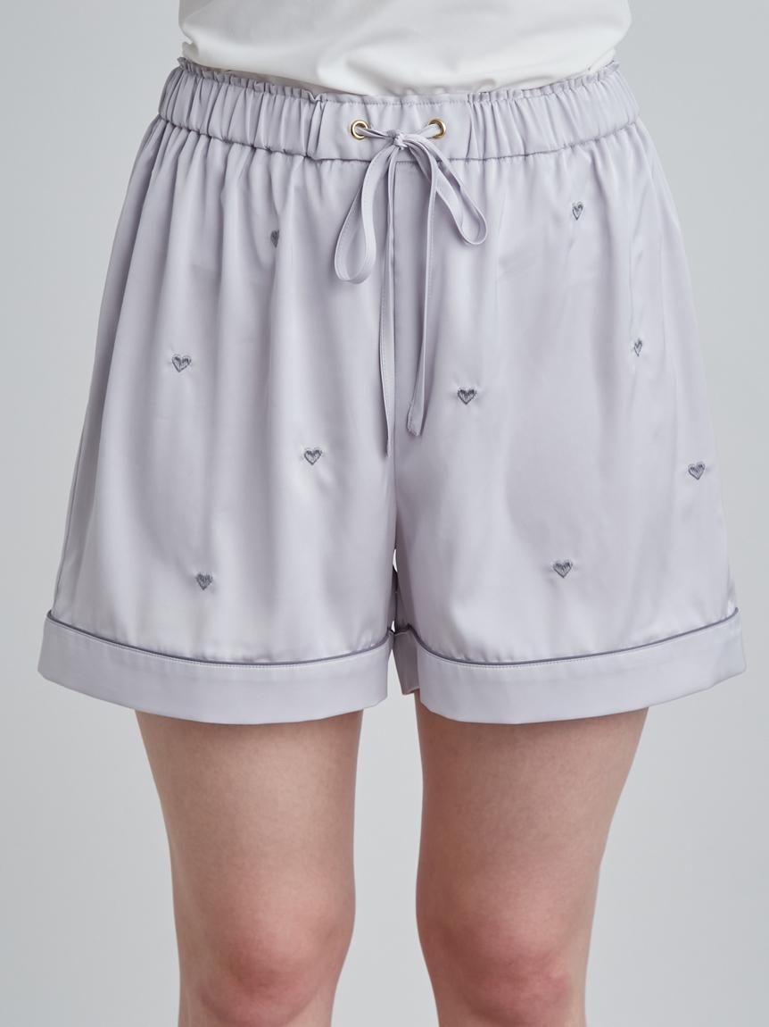 愛心刺繡緞面短褲