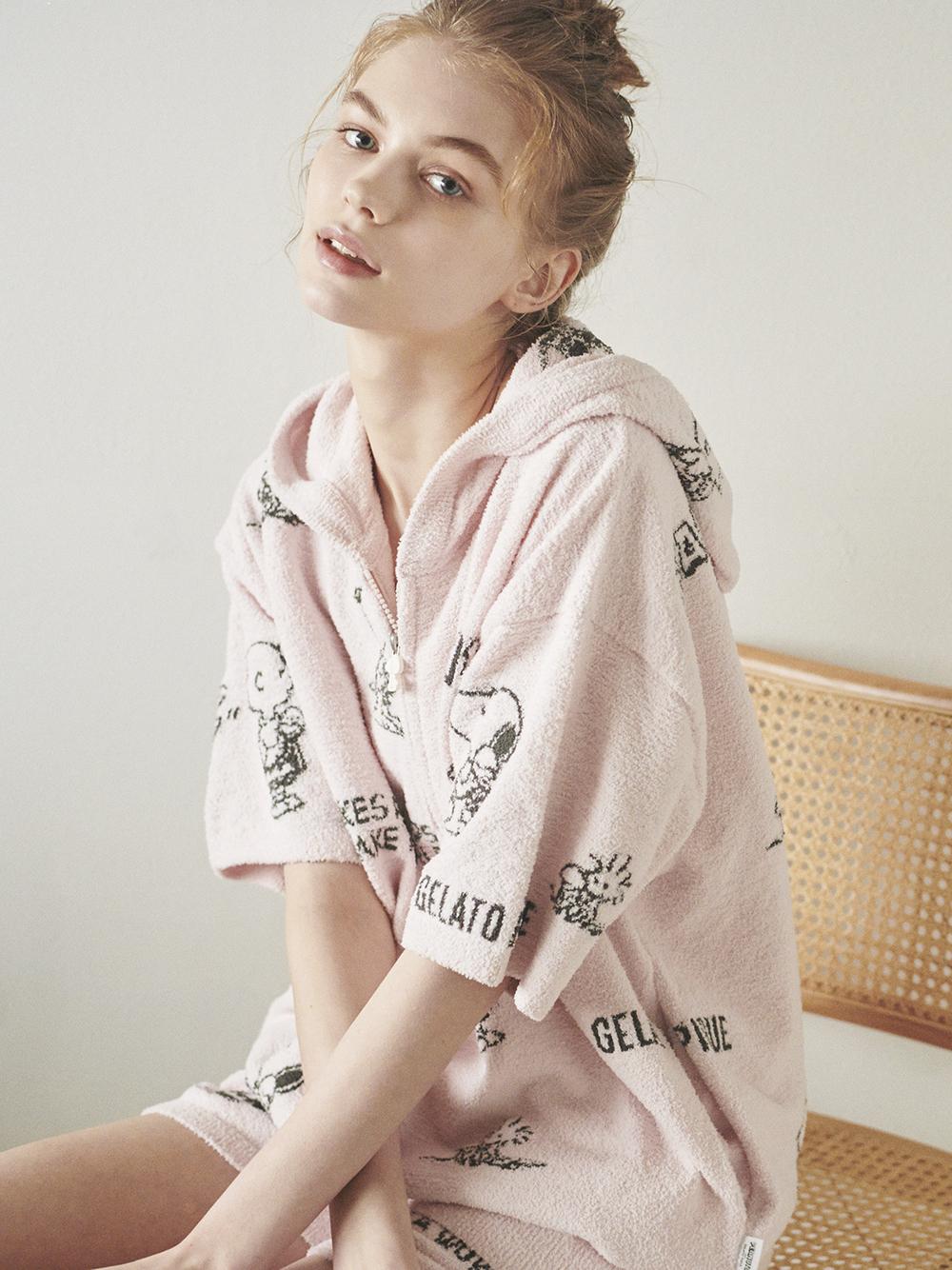 【PEANUTS】滿版圖案緹花短袖外套