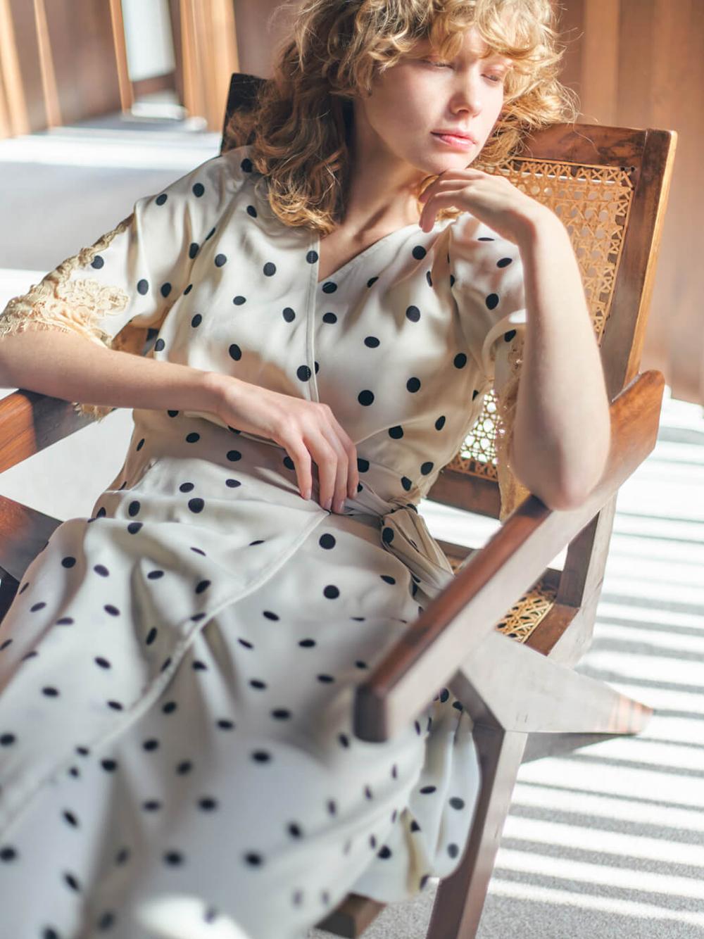 復古光澤蕾絲連身裙