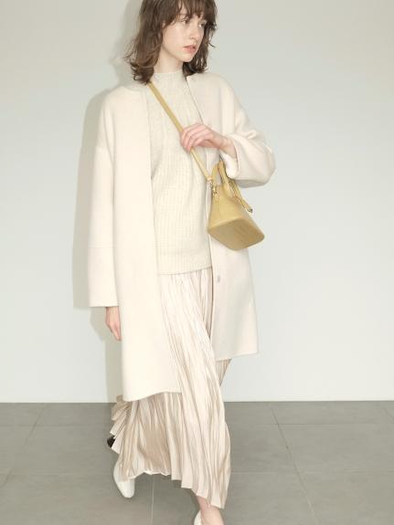無領繭型羊毛大衣