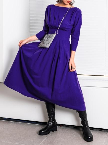平領縮腰長洋裝