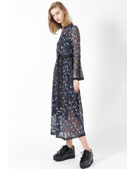 花卉刺繡透膚蕾絲洋裝