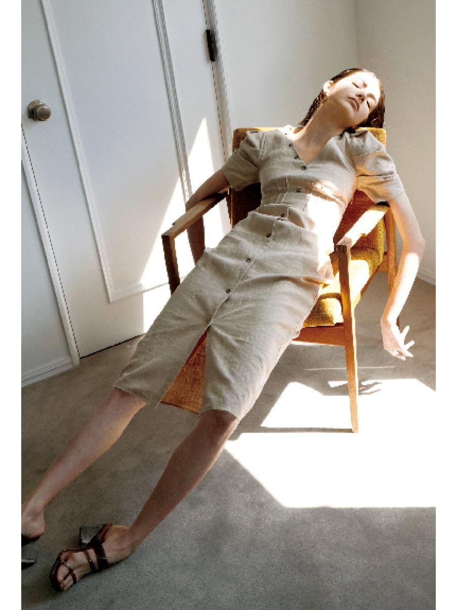 亞麻蓬袖合身洋裝