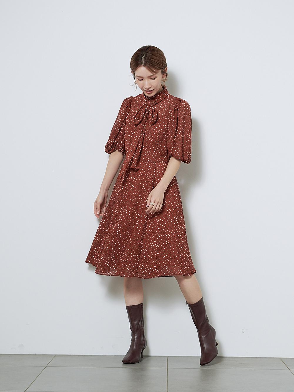 領結印花短版連身裙