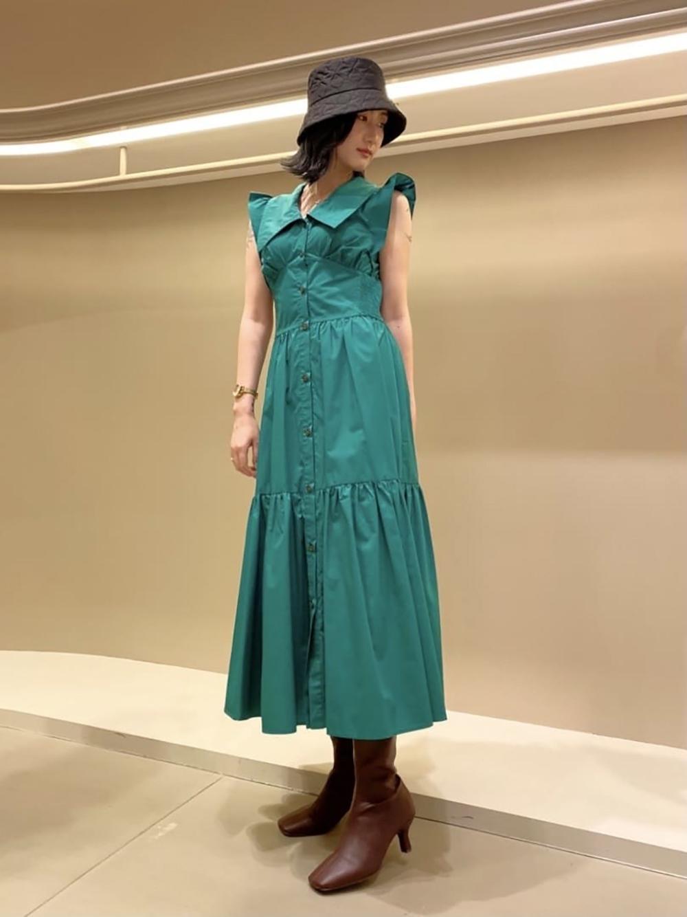 束腰設計襯衫連身裙