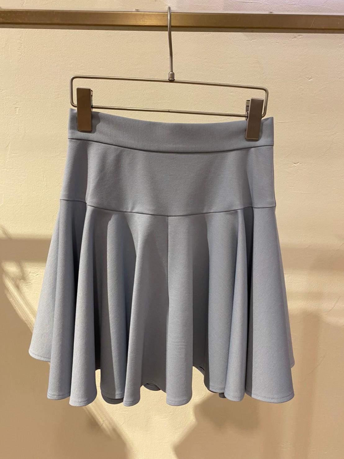 荷葉邊短褲裙