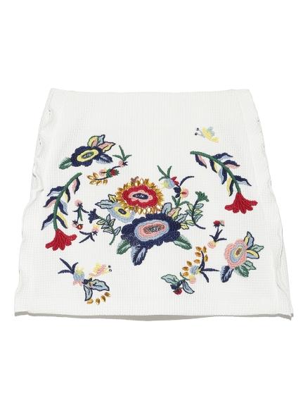 造型花卉刺繡短裙