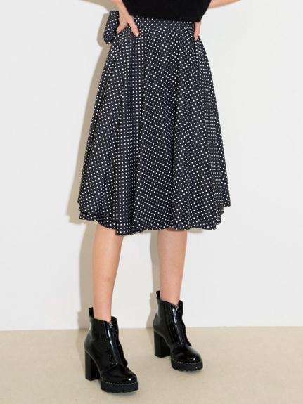 優雅蝴蝶結造型及膝裙
