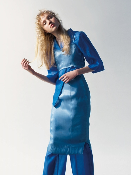 光澤感窄裙