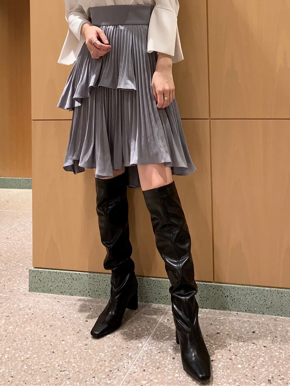 荷葉邊百褶短裙