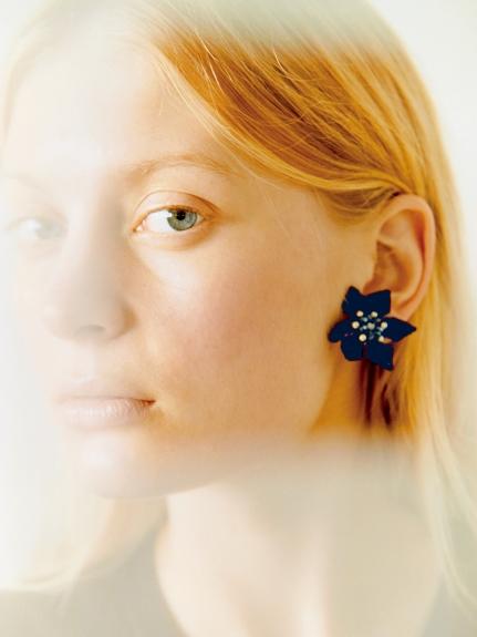 花朵造型耳環