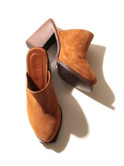 帥氣粗跟造型涼鞋
