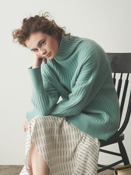 羊毛高領毛衣