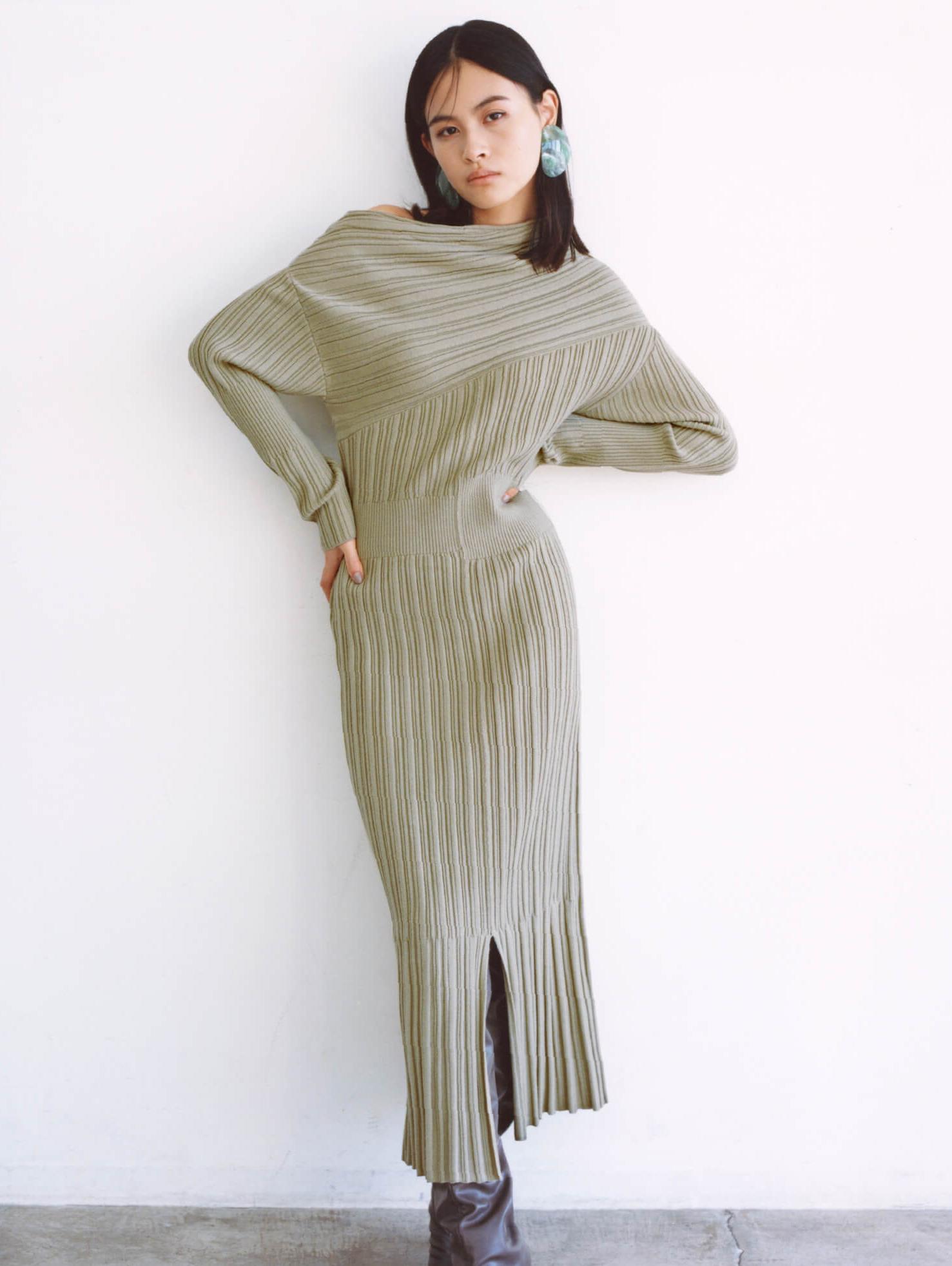 斜肩羅紋連身裙